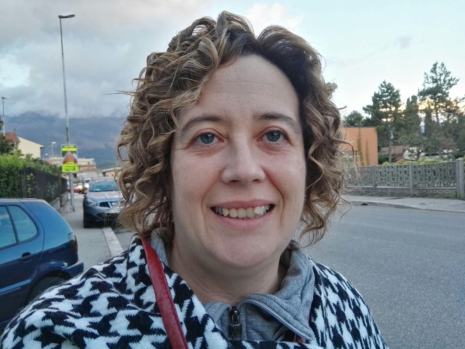 Tiziana La Vitola Speaker - Italy Web Radio