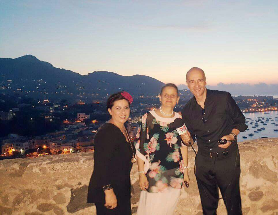Claudio e Diana intervistano la direttrice organizzativa dell'Ischia Film Festival Enny Mazzella e la regista Alicia Maximova